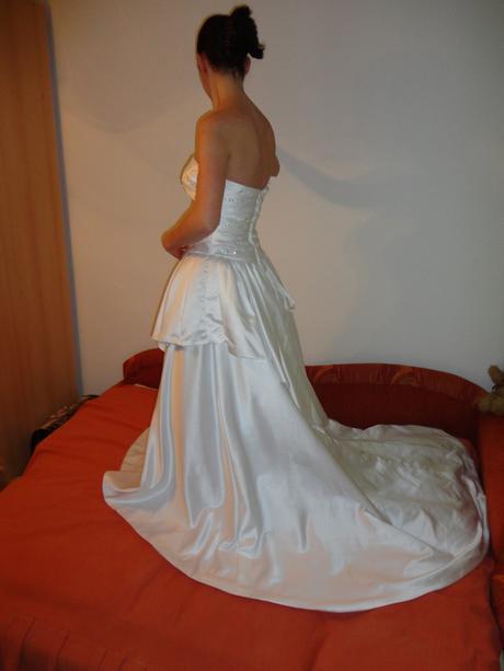Svatební šaty - bílé, 36