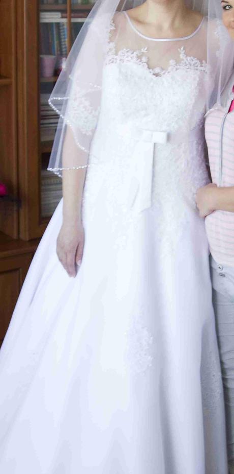 Svadobné čipkované šaty 42-44, 42