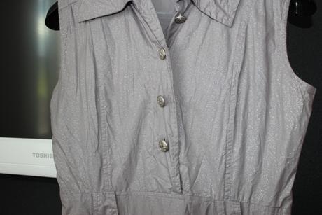 Sivé trblietavé šaty, 36