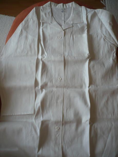 Biely pracovný plášť, veľ. 64,