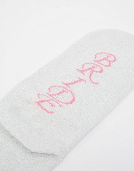 Ponožky pre nevestu,