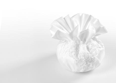 Svadobná kabelka s čipkou,
