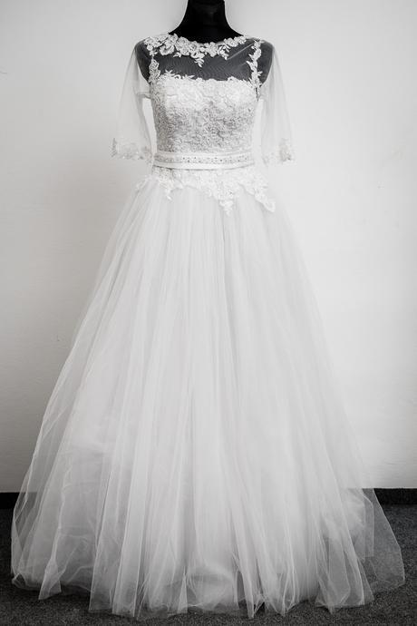Svadobné šaty - výpredaj, 44