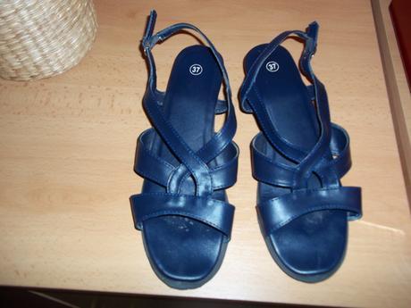 Modré sandále, 37