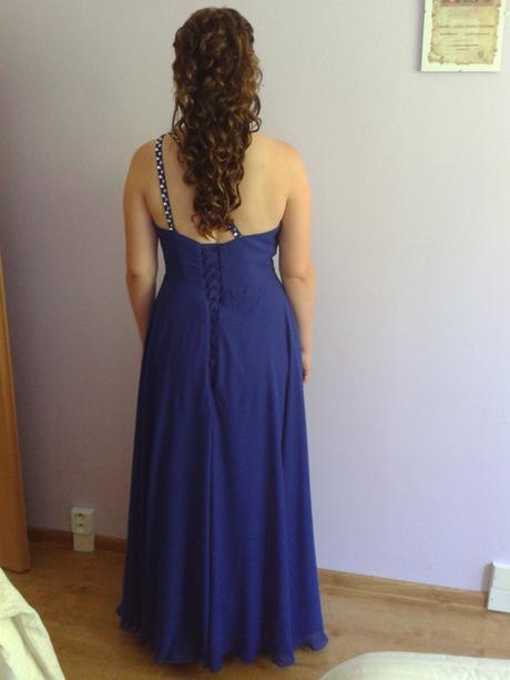 spoločenské šaty na jedno plece so šnurovačkou, 44