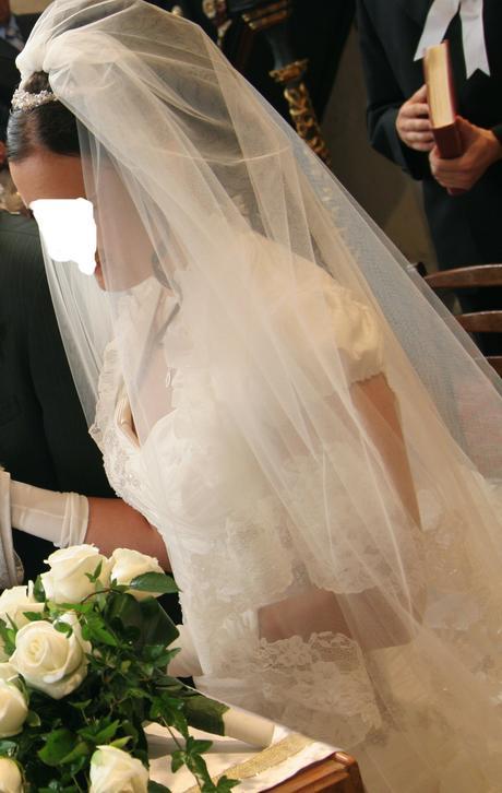 Svadobný závoj s čipkou,