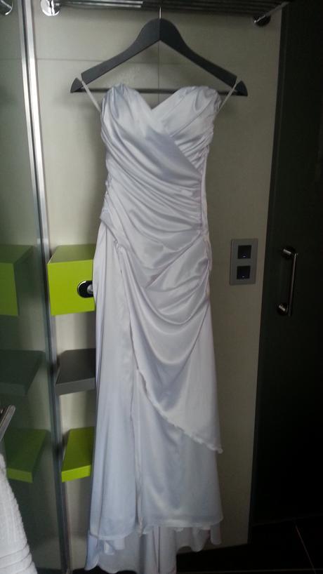 Elegantne šaty s plášťom 2 v 1, 36