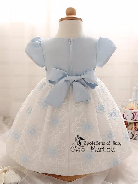 Šaty pre družičku, 68