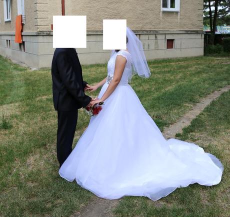 Svatební šaty (38), lodičky, závoj atd., 38