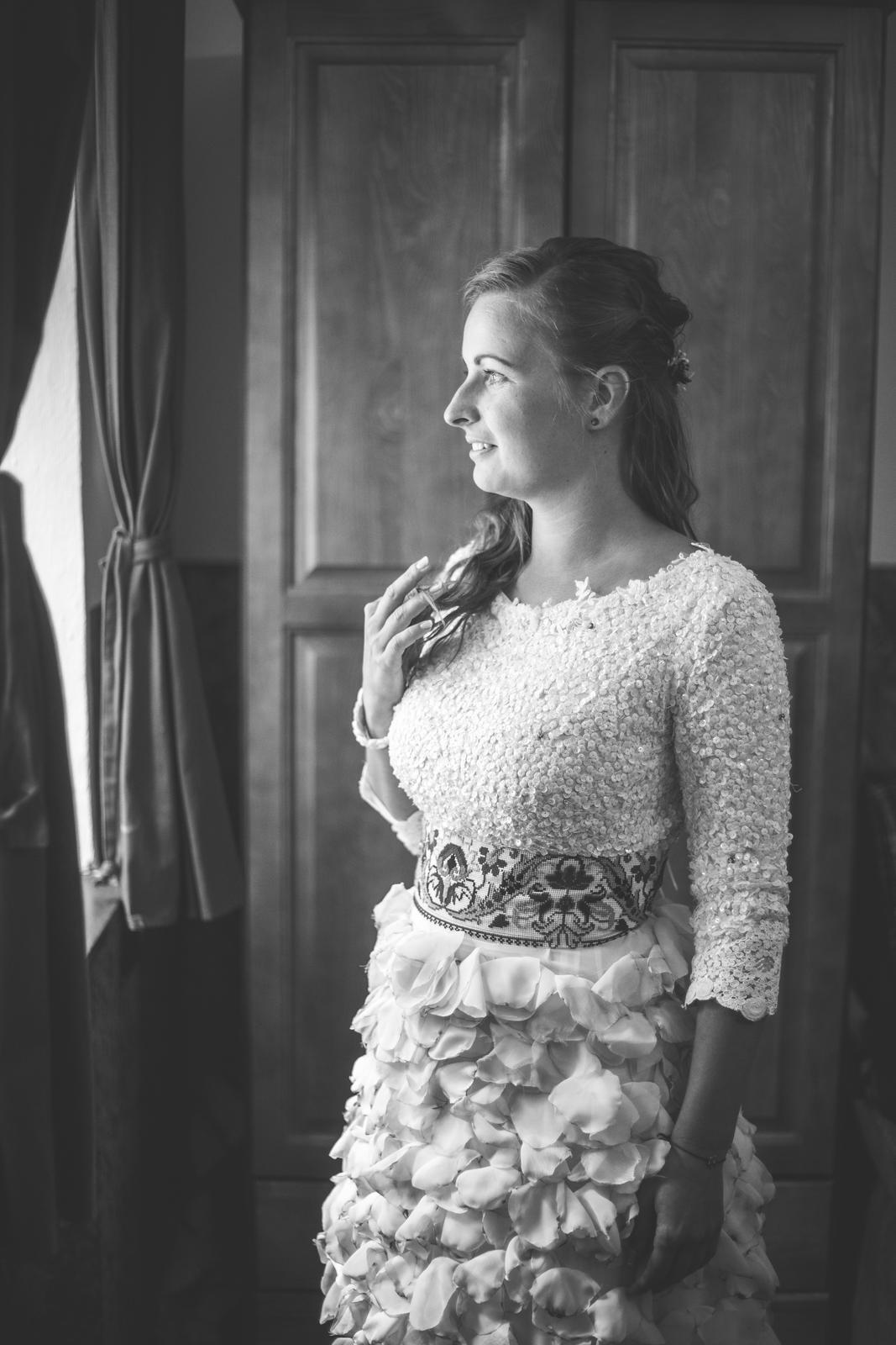 d828855ee1a0 Ručne šité svadobné šaty jaroslava wurll kocanova