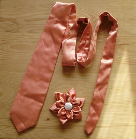 Kravata - lze v jakékoli barve,