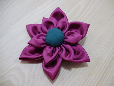 kytička do vlasů + kravata - libovolná barva,