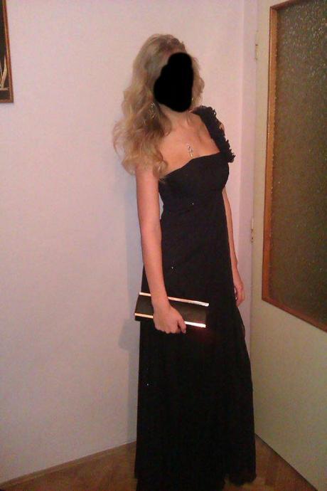 dlhé čierne spoločenské šaty, S
