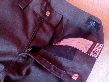 sviatočne nohavice, 146