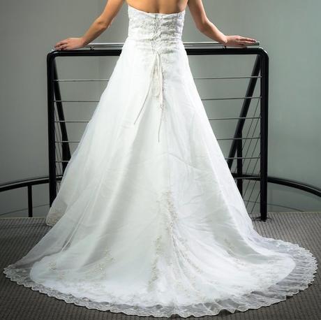 Svatební šaty Divina Sposa, 38