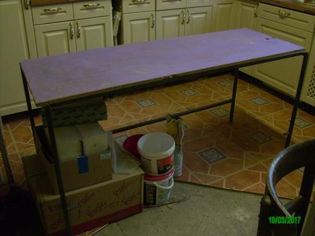 Nosná konštrukcie pre pracovný stôl s doskou,