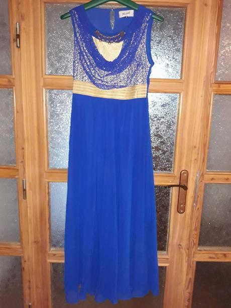 Kráľovsky modré šaty , 40