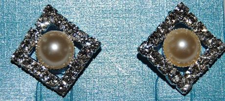 Čtvercové kamínkovoperličkové naušničky,