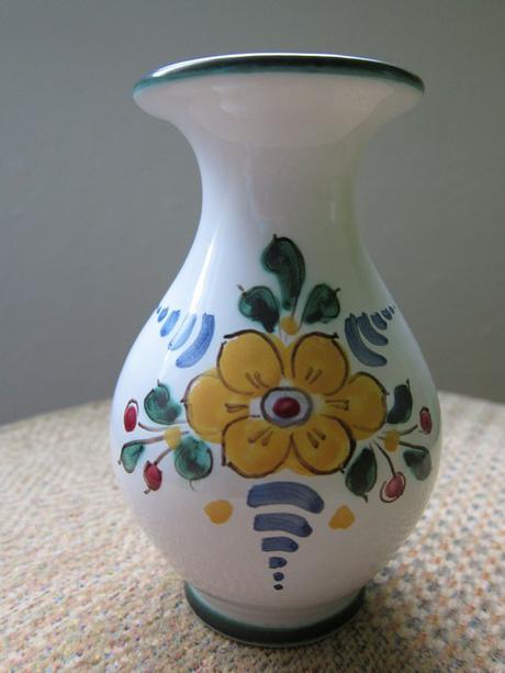 Keramika chodská,tupeská,modranská vázy, solnička,