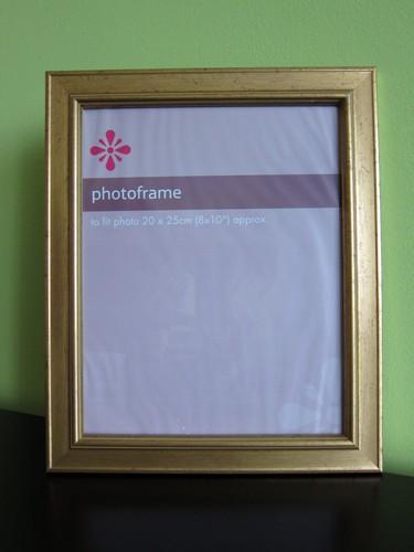 Starožitní dřevěný pozlácený rámeček na fotky,