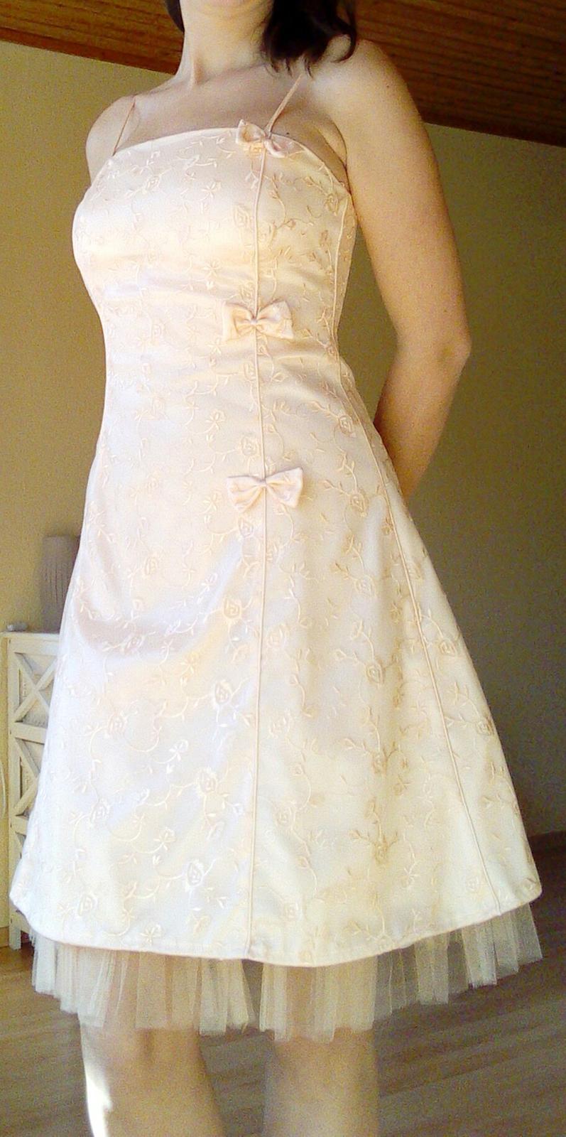d0463d327c56 Krátke šaty