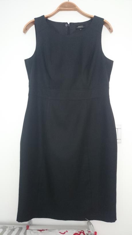 Puzdrové šaty, 41