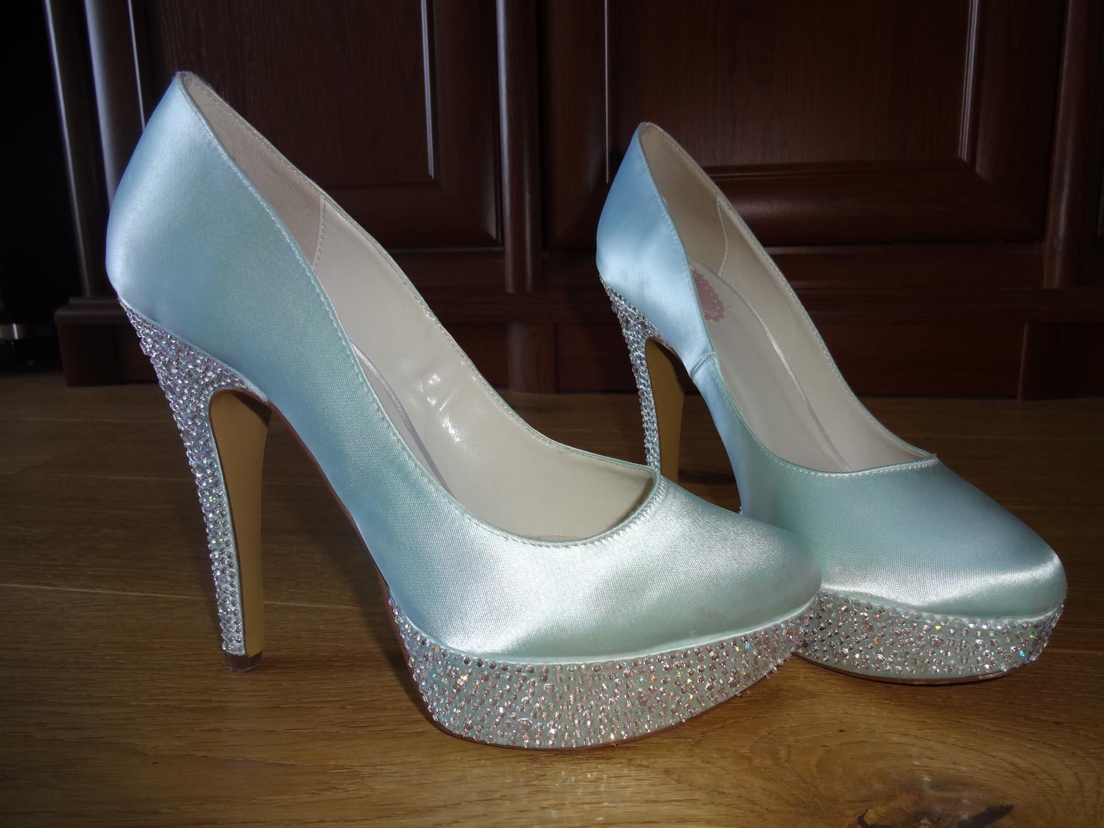 Luxusní svatební mintové (mentolové) boty fadfd7bfe0