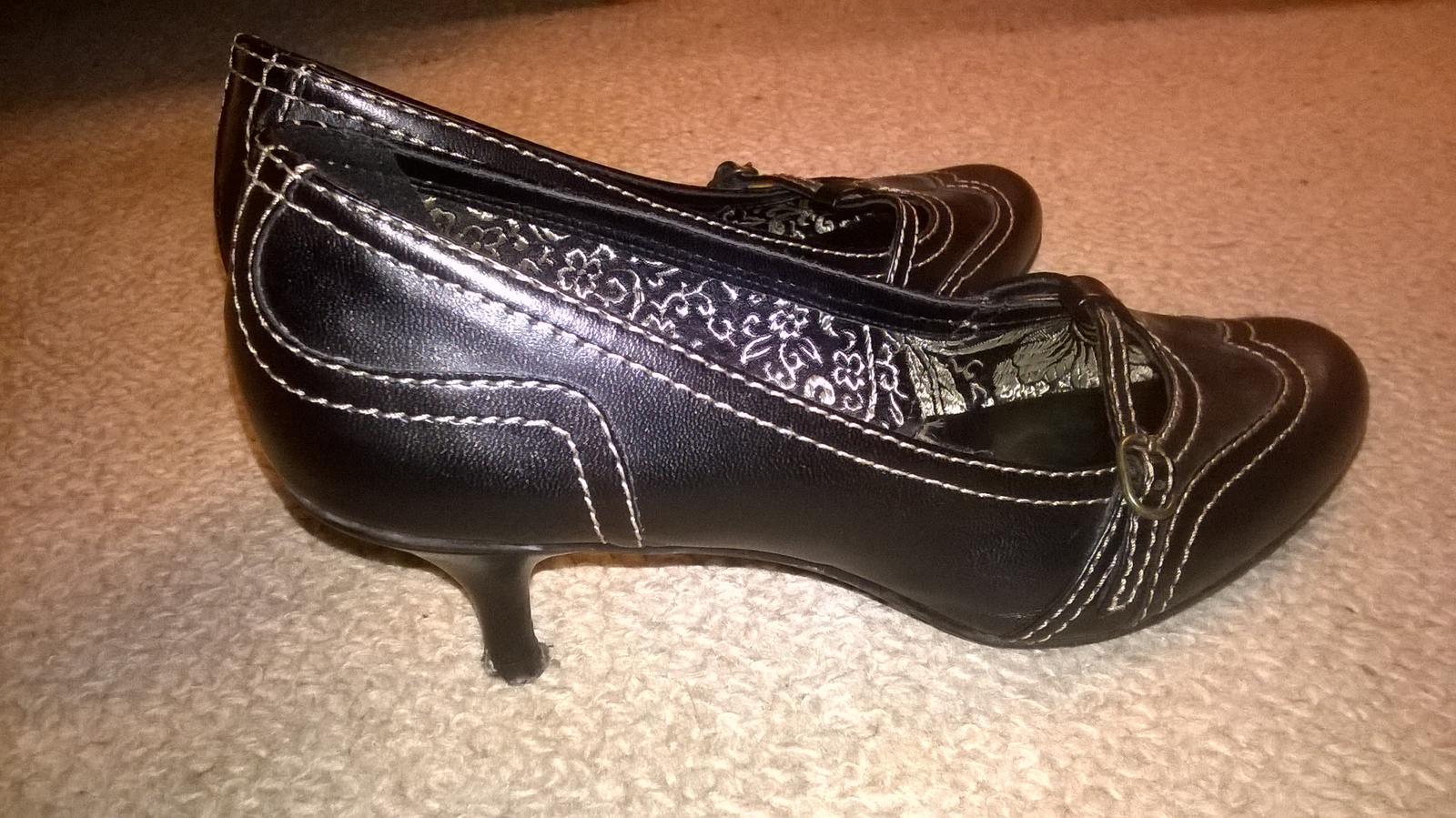 Šmrncovní elegantní černé lodičky na podpatku 248964c856
