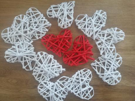 Různébarvy - Sada 12 srdcí ,