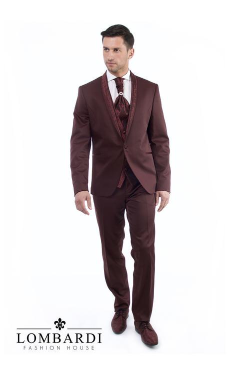 Svadobný oblek s vestou a kravatou, 54
