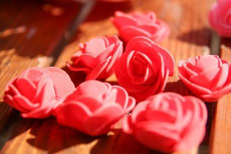 Penové ružičky v roznych farbách 3,5 cm - 50 ks,