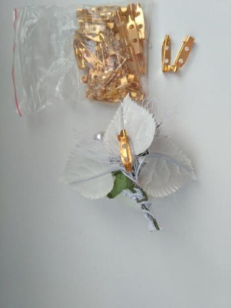 Pierka s penovou ružičkou 7x7,5 cm,