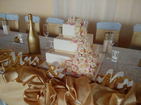 Polystyrénová torta  zdobená marcipánová 3 posch.,