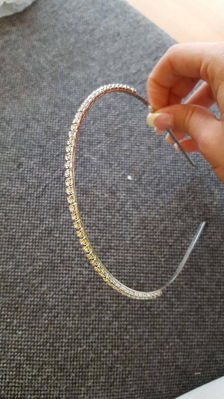 Jednoduchá čelenka s kamínky,