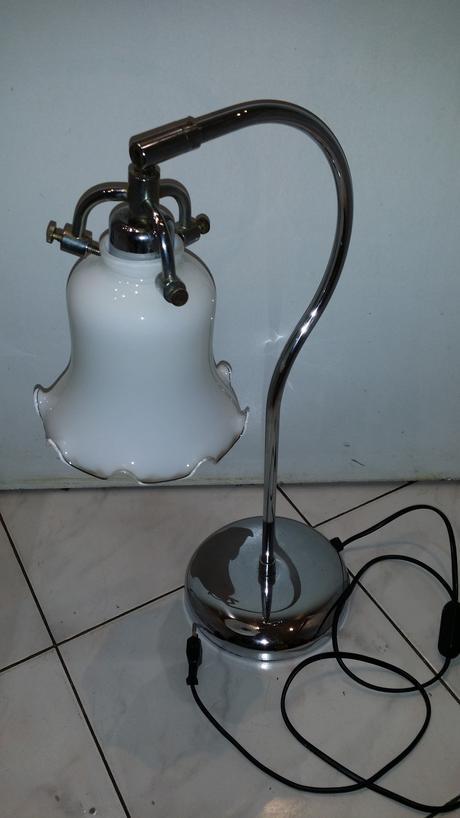 chromova stolna lampa,