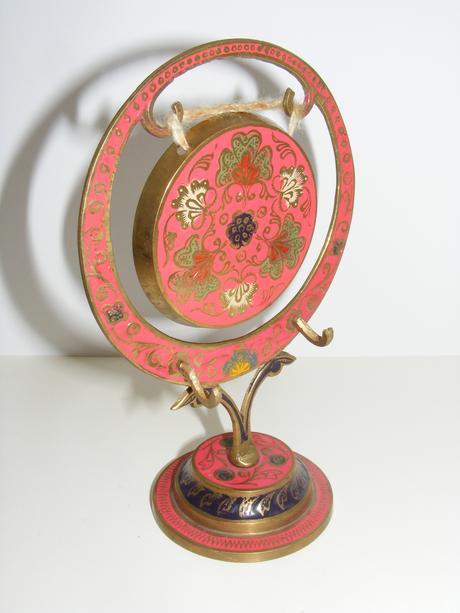 mosadzny gong ,