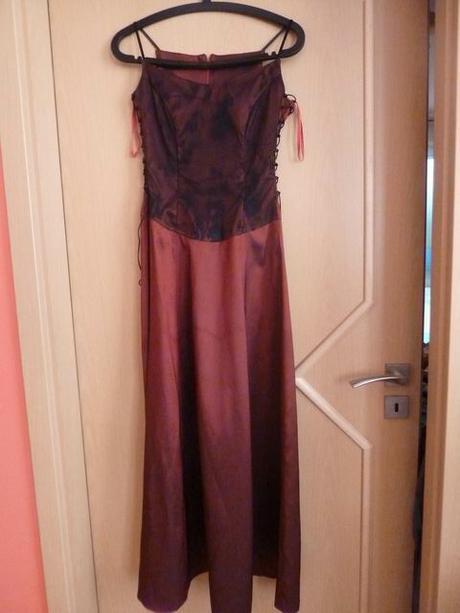 Vínově červené společenské šaty - vel. 36, 36