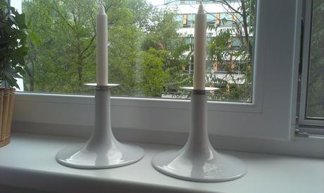 Biely porcelánový svietnik Ikea.,