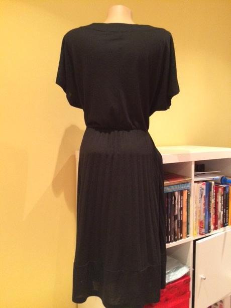 Čierne šaty Zara veľkosť M/L, M
