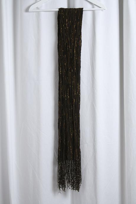Elegantná hnedozlatá šatka so strapcami, M