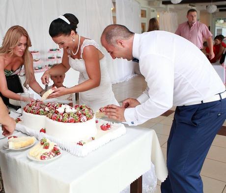 podnos na tortu,