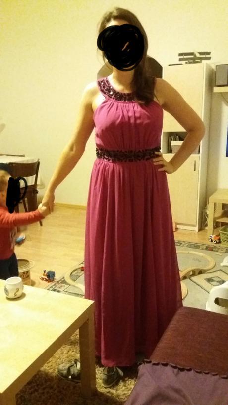 Dlhé cyklámenové šaty, 42