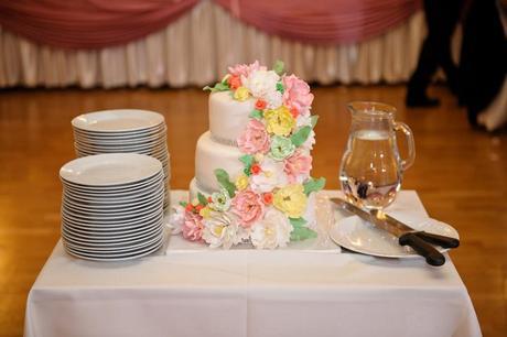 kvety na tortu,