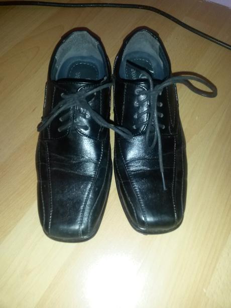 Topánky k obleku, 32