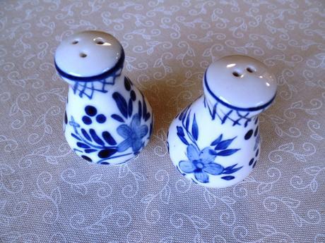 drobná keramika,