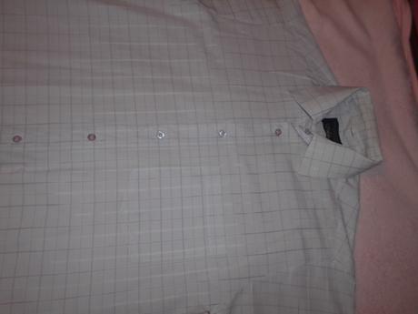 Ponúkam pánsku košeľu s krátkym rukávom, 38