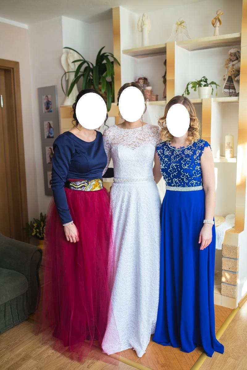 77932300ec52 Dlhé spoločenské šaty s čipkou