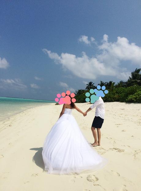 Svadobné šaty s vlečkou, 38