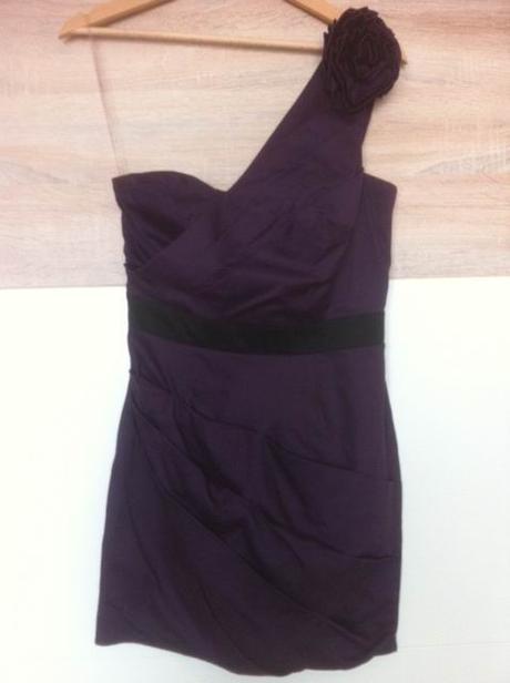 Šaty Lipsy, 38