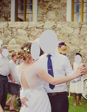 Jednoduché šaty na přírodní svatbu odPetry Brzkové, 40